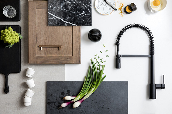 Align spring pulldown high arc matte black kitchen faucet