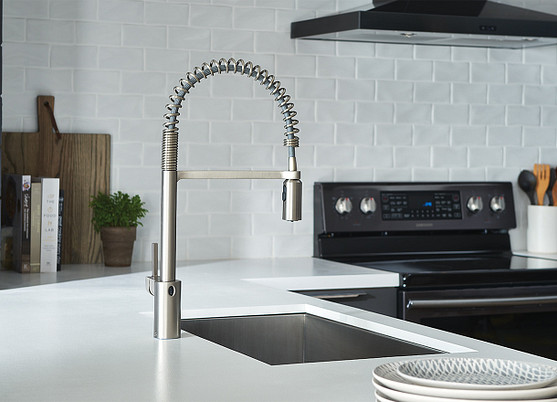 Align MotionSense Wave Spot Resist Stainless Pulldown Kitchen Faucet 5923EWSRS