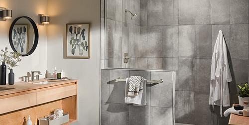 High End Look Bathroom Design