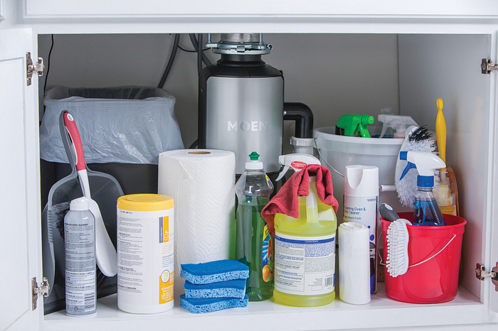8 Cleaning Tips Using Everyday Items