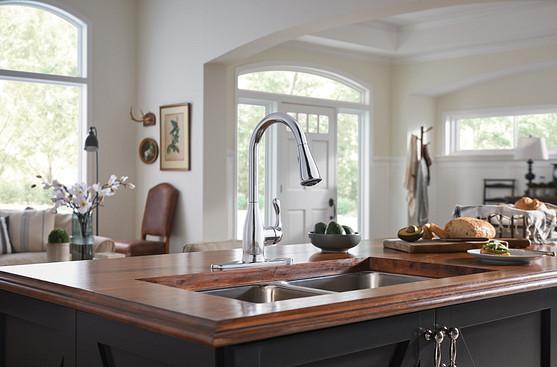 Banbury Chrome One-Handle Pullout Kitchen Faucet 87017