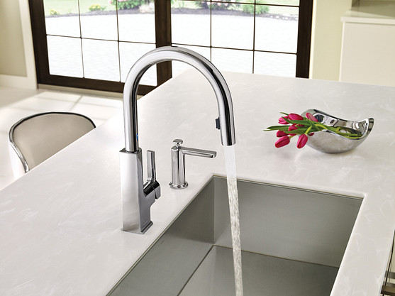 STo Chrome One-Handle High Arc MotionSense Pulldown Kitchen Faucet
