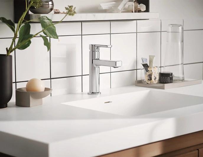 Rinza Bathroom Collection