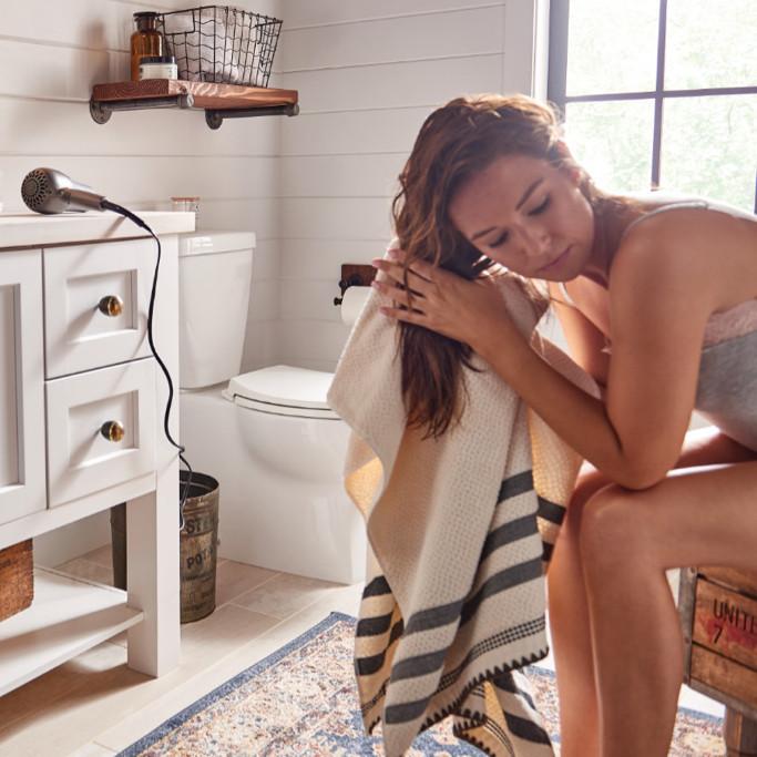 Belfield Bathroom Lifestyle Shot