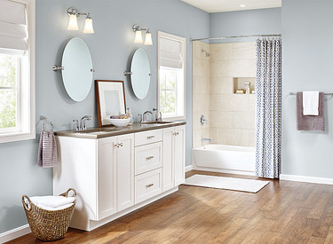 Glyde Bathroom Hardware Faucets Roomshot