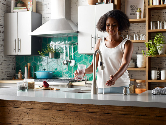 Arlo MotionSense Wave Spot Resist Stainless One-Handle Pulldown Kitchen Faucet
