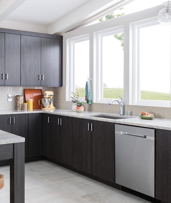 Kinzel One-Handle Low Arc Pullout Kitchen Faucet 87035