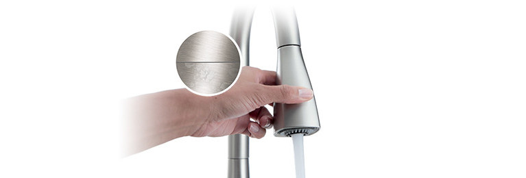 Spot Resist Finish faucet technology. Maintain the brilliance of your faucet.
