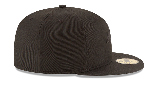 LOS ANGELES RAMS BLACK ON BLACK 59FIFTY FITTED