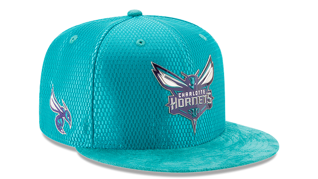CHARLOTTE HORNETS ON COURT 9FIFTY SNAPBACK