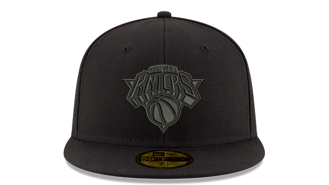 NEW YORK KNICKS BLACK ON BLACK 59FIFTY FITTED