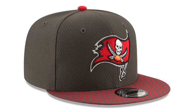 TAMPA BAY BUCCANEERS OFFICIAL SIDELINE 9FIFTY SNAPBACK