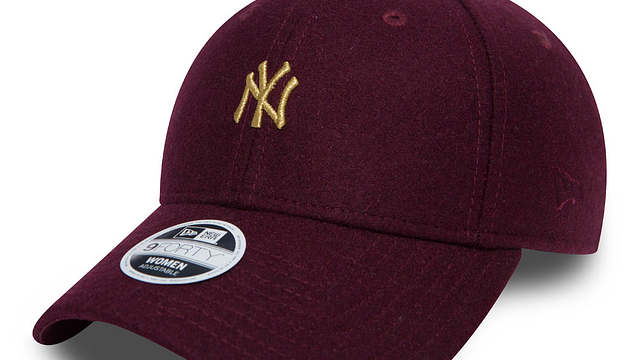 Womens New York Yankees Melton 9FORTY Adjustable | New York Yankees Hats | New Era Cap