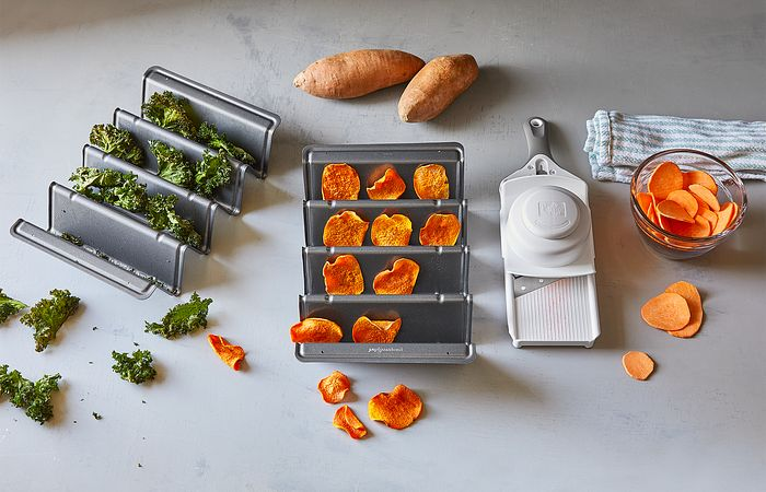 V-Shaped Baking Pans and Simple Slicer