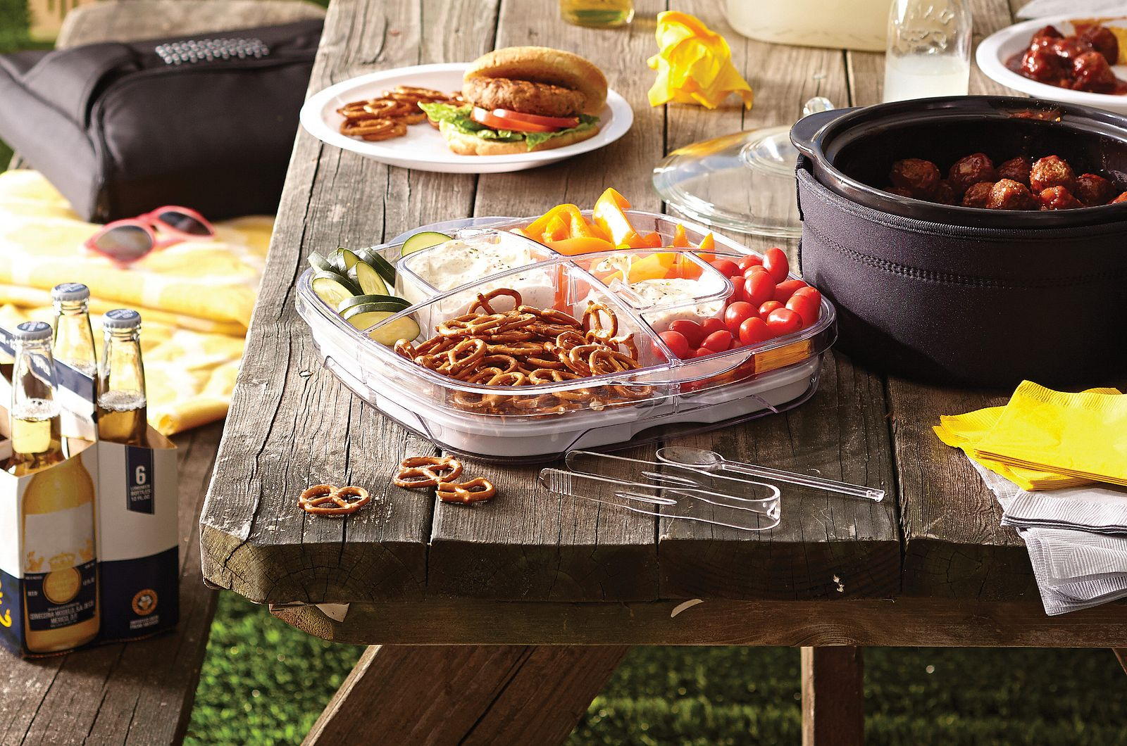 7 Steps for Throwing an Awesome Tailgate Party