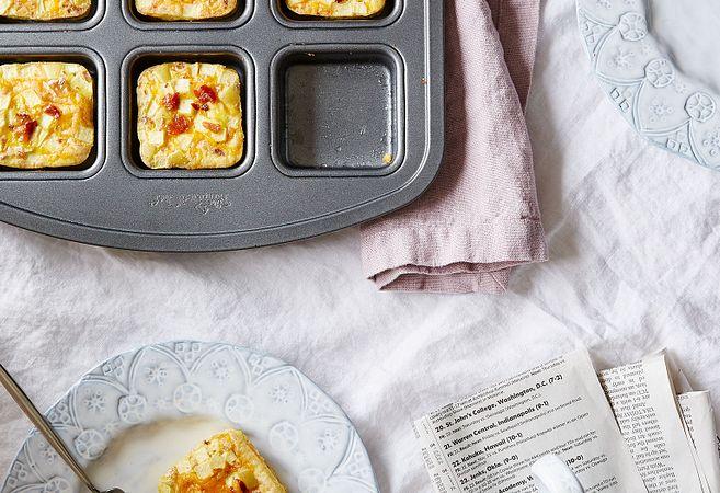 Apple Cheddar Bacon Egg Muffins