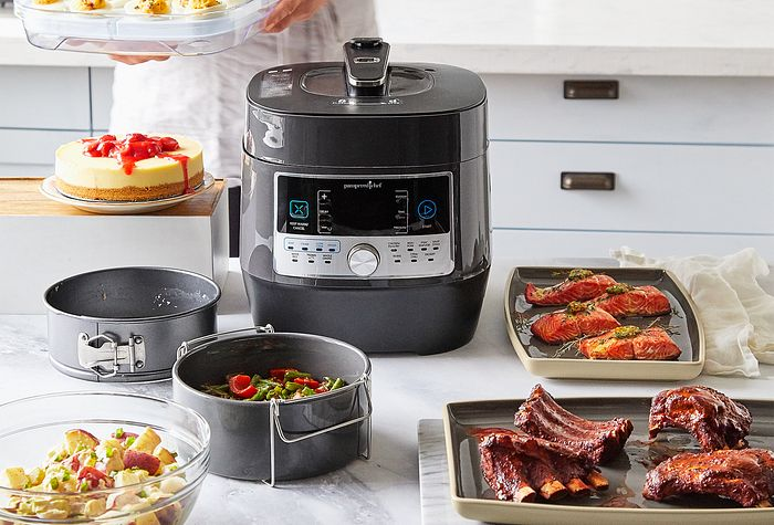Quick Cooker and Accessories