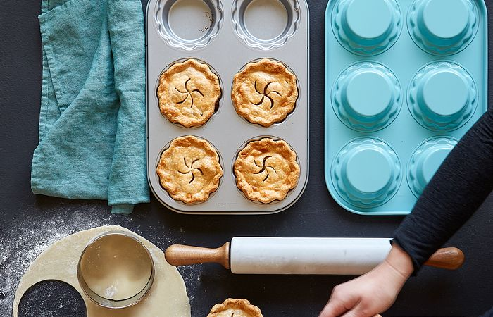 Mini Pies in Gift Boxes With a Mini Pie Pan