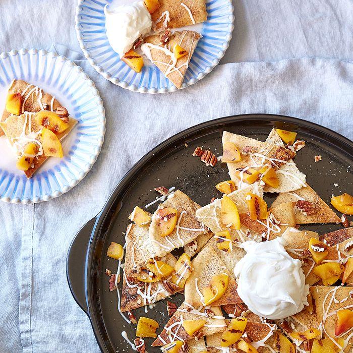 Peaches and Cream Dessert Nachos