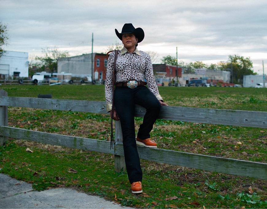 Erin wears style no. 3375