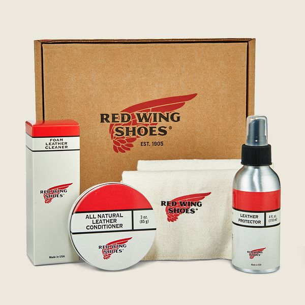 Oil-Tanned Leather Care Product Kit Product image
