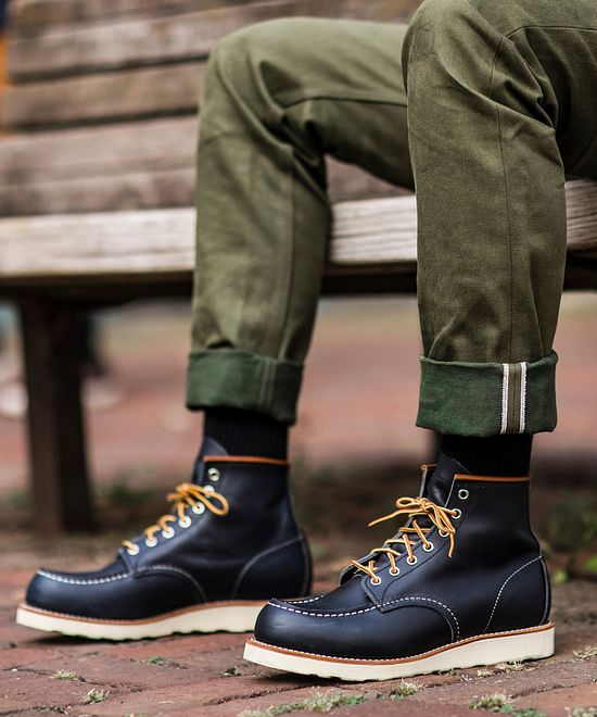 Classic Moc | Red Wing