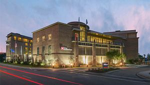 Hilton Garden Inn Charleston Waterfront