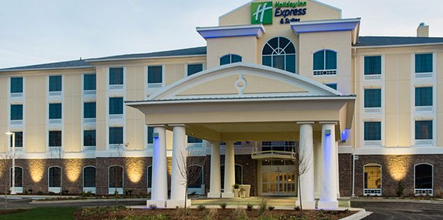 Holiday Inn Express and Suites Aiken