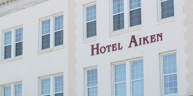 The Hotel Aiken in SC offers lovely accommodations in the downtown area.