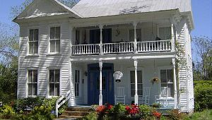 Claridge House Bed & Breakfast