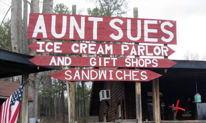 Aunt Sue's Country Corner