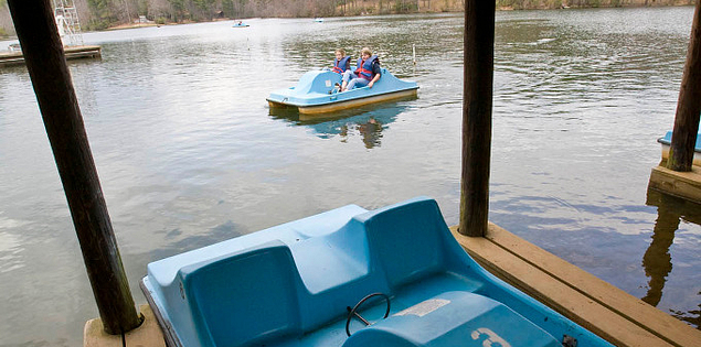 Paddle boaters in South Carolina's Oconee State Park