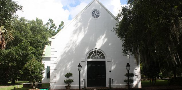 Old St. Andrews Church in Charleston