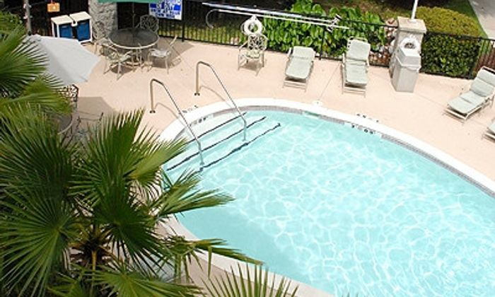 Holiday Inn Express & Suites - Charleston at Ashley Phosphate