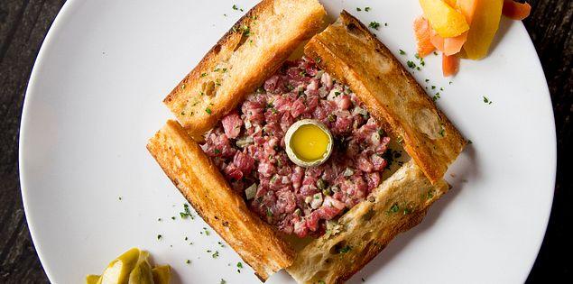 Enjoy great food at restaurants in Charleston!
