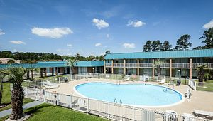 Quality Inn & Suites - Hardeeville