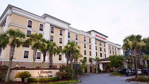 Hampton Inn & Suites North Charleston/University