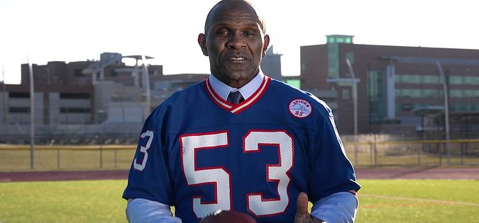 Former New York Giants' defensive lineman Harry Carson from South Carolina