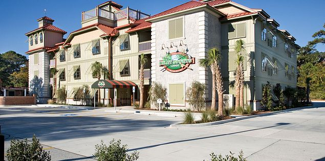 Inlet Sports Lodge in Murrells Inlet near Myrtle Beach