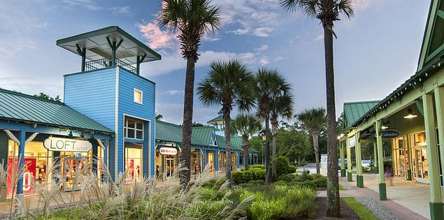 Outlet shopping on Hilton Head Island is fun for the entire family!