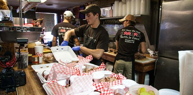 Find great barbecue in South Carolina at The Smokin' Pig.