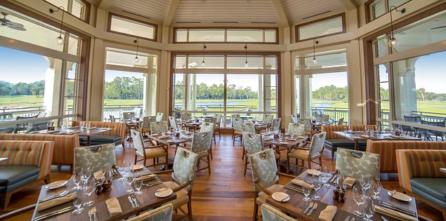Live Oak restaurant at the Plantation Club.