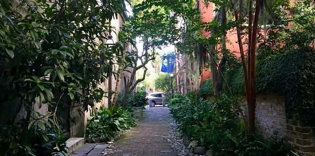 Charleston history Philadelphia alley