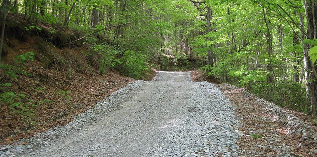 Road to Table Rock State Park in South Carolina's Upstate