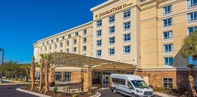 DoubleTree by Hilton Hotel N. Charleston Convention Center