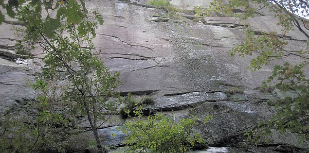 El Lieutenant rock formation on the Bill Kimball Trail in Caesars Head State Park