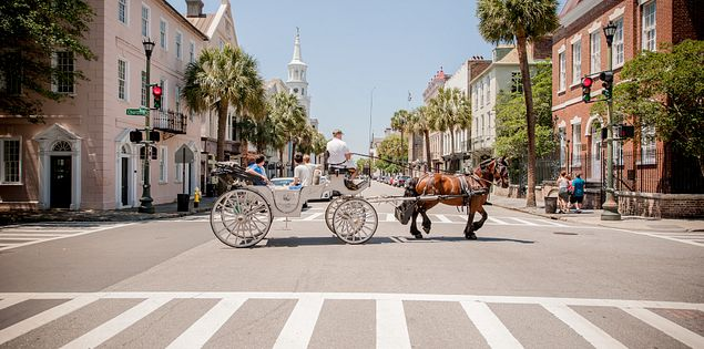 From world-class restaurants to amazing waterfront views, Charleston, SC, is perfect for beach vacations.