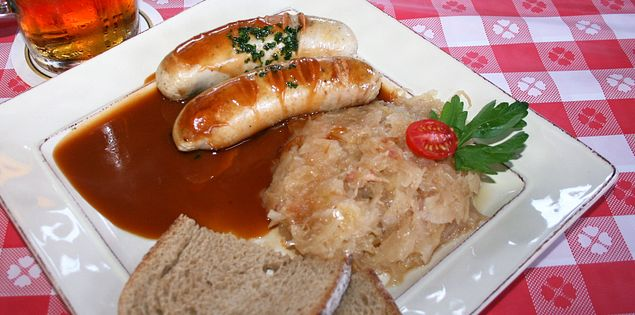 german food bratwurst