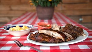 Creekside Bar-Be-Que