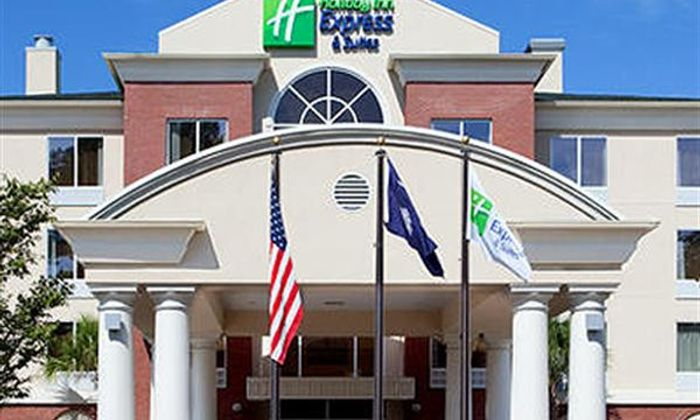 Holiday Inn Express Hotel & Suites Charleston North